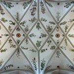 Fresken im Mittelschiff der Kirche