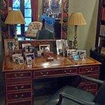 Casa Misha Desk