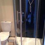 Valentine City Centre Guest House - Room 3, en suite shower