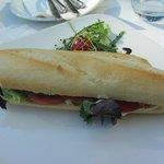 Panino con salame ungherese