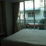 habitacion zona de la cama