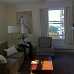 Newly rennovated queen suite with harbour view