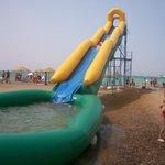 Горка с бассейном на пляже пгт.Новофёдоровка.