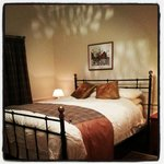 Double bedroom (evening)