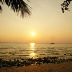 Закат на пляже White Sand