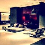 lobby, the met