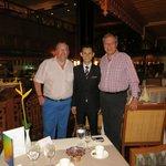 Vielen Dank Vichai für den perfekten Service, den wir bei Dir im Restaurant immer wieder geniess