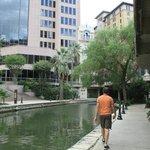Short Scenic Walk Along the Riverwalk