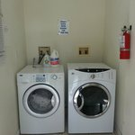 washer and dryer is free!