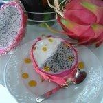 Pitanaya bowl with passion fruit and milk ice cream.