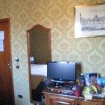 Room  - desk, door