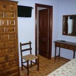 armario y cómoda