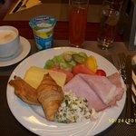 朝食は豊富。
