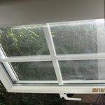 l'état des fenêtre à notre arrivé.....