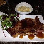 Pièce de bœuf Aubrac sauce béarnaise et purée maison.un délice