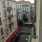 Situation de l'auberge au centre de Nice