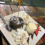 tortino con cuore di cioccolato fondente