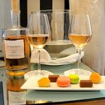 Our complimentary welcome rose and macaroons in the room