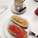 desayuno andaluz en el hotel