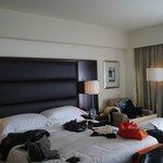 das gute  Bett-etwas wüst-