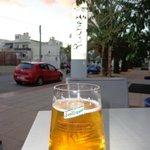 Una cervecita desde el hotel