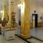 Mais do lobby e o elevador