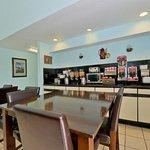 Photo of Lexington Inn - Hammond