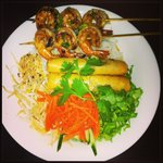 Shrimp Vermicelli with extra spring roll