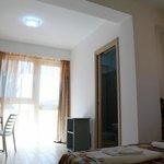 camera arancio suite vista mare punta bianca