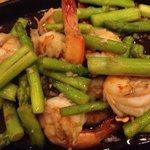 Asparagus with shrimps