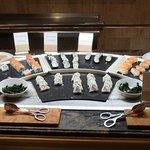 Sushiwahl beim Mittagsbuffet