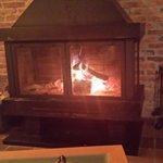 la calidez de la chimenea