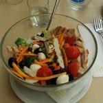 Порция салатика на ужине
