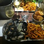 moules a la forestiere& homemade chips