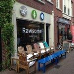 "A very cute vegan cafe near the hotel ""Rawsome"""