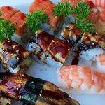 Super sushi platter