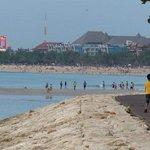 Beachwalk behind the hotel