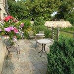 Birdlip back courtyard