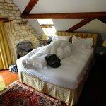 Malvern main bedroom upstairs