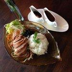 Toh-Thong Thai Cuisine