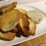 Tostadas con mantequilla de trufa