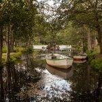canales de agua y lagos