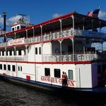 River boat cruises are only 5 minutes walk away from the Hotel