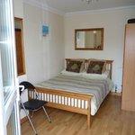 Modern en suite rooms