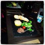 Foie gras ,toast,chutney d'oignon