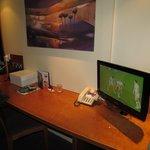 Tv/desk/chair