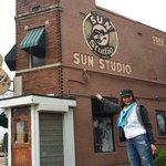 Donde grabaron sus primer disco Elvis Presley,Roy Orbison,cash y otros!