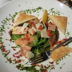 Assiette de foie gras et de saumon fumé