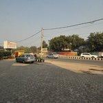 Outside, Parkland Grand Hotel, Delhi, 28 Dec 2012