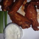 Hot wings are amazing!